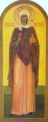 Santa María Magdalena que sostiene el huevo rojo