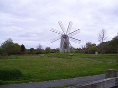 Boyd's Windmill in Newport County, Rhode Island. Middletown Rhode Island, Middletown Ri, Stuff To Do, Things To Do, Newport County, Hd Desktop, Portsmouth, New England, Windmills