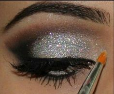 Eyemake up: silver | Silver eye makeup | We Heart It