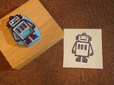 Robot hand carved rubber stamp op Etsy, 4,53 €