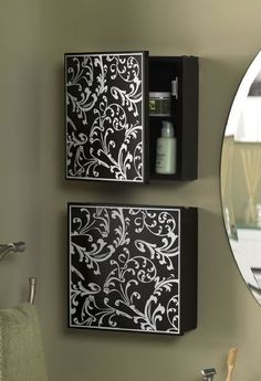<3<3<3 hide a way hair products with art above towel bars
