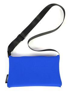 T0-TASCHE Gym Bag, Clothes, Art, Diving Suit, Handbags, Blue, Outfits, Art Background, Clothing