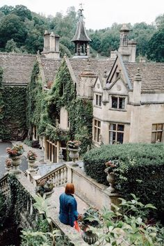 The beautiful Manor House Hotel in Castle Combe in Wiltshire - Travel tips - Travel tour - travel ideas English Manor Houses, English Castles, English Village, English Country Manor, Manor House Hotel, Manor Homes, England Countryside, Countryside Hotel, Castle Combe