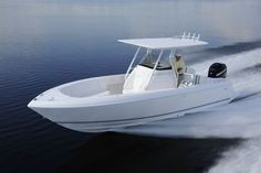 At m) LOA with an m) beam, this 245 Center Console is the smallest boat Intrepid makes, but it has the same attention to detail as the biggest. Jet Ski, Stuffed Zuchinni Boats, Mako Boats, Center Console Fishing Boats, Electric Boat, Build Your Own Boat, Boat Interior, Power Boats, Yachts