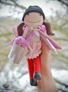 Mumushop Lace Balloons, Handmade Dolls, Coraline, Fabric Dolls, Animals For Kids, Baby Wearing, Hobbit, Stuffed Animals, Doll Clothes