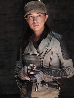 christian serratos twd - Google zoeken