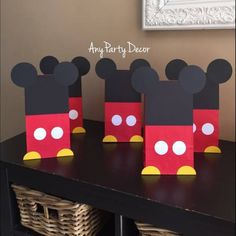 Mickey E Minnie Mouse, Mickey Mouse Birthday Decorations, Mickey Mouse Crafts, Mickey 1st Birthdays, Fiesta Mickey Mouse, Mickey Mouse First Birthday, Mickey Mouse Baby Shower, Mickey Mouse Clubhouse Birthday Party, Mickey Mouse Parties