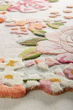 the happiest rug ever! Aracelli Rug at Anthropologie Tapis Design, Natural Fiber Rugs, Punch Needle, Wool Area Rugs, Wool Rug, Rug Hooking, Rugs On Carpet, Carpets, Room Carpet