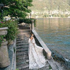 "Monique Lhuillier on Instagram: ""Take me back 🤍 xM"" Monique Lhuillier Bridal, Romantic Woman, Yellow Daisies, Unique Photo, Big Day, Wedding Photos, Wedding Inspiration, Photoshoot, Photo And Video"