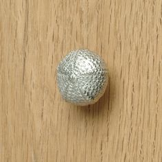 Saxon seed pod cupboard handle Kitchen door handles, drawer pulls UK ...