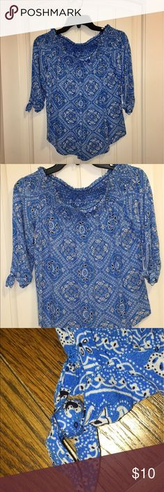 Adorable blouse Cute as can be pullover with Key hole ties sleeves. Blue, white and black No Boundaries Tops Blouses