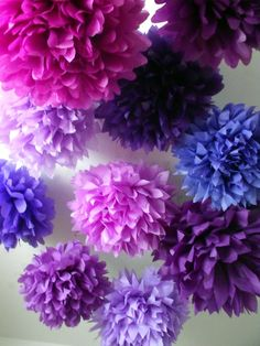 paper poms. these are a cheap and easy way to decorate outdoor areas. lots of colors! So pretty!