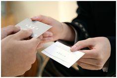 ¿Las tarjetas de visitas son cosas del pasado?