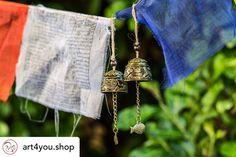 Tempelglocken für den Garten- oder Wohnbereich! Ca 5 x 4cm mit Drachen- oder Fischmotiv!! In Kürze auf unserer Homepage👍😊 #gartenideen #buddha #windchimes #gardendecor Arrow Necklace, Buddha, Inspiration, Shopping, Jewelry, Wind Chimes, Temples, Garlands, Homes