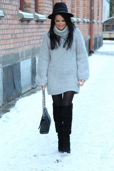 KNITTED DRESSES AND WINTER