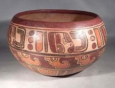 Maya Polychrome Glyph Bowl — El Salvador 400 AD - 700 AD A lovely Maya glyph bowl dating to the Classic Period. Pintura Tribal, European People, Mexico Culture, Mesoamerican, Minoan, Indigenous Art, Mexican Art, Prehistory, Glyphs