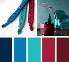 Una triada formada por azul, verde y rojo. Una composición de tonalidadesque al estar juntos se intensifican resaltando su color.  Espacio via: Decorablog