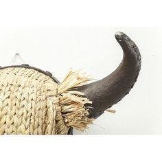 Διακοσμητικό Head Bull Staw Ένα country διακοσμητικό κεφάλι ταύρου, ιδανικό για το εξοχικό. Κατασκευασμένο από polyresin και fiber glass, με διακόσμηση από άχυρο στα κέρατα. Just For Men, Straw Bag, Coconut