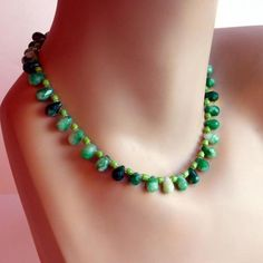 Vintage Faux Jade Glass Bead Necklace  Green by vintagedazzle