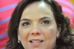 RN POLITICA EM DIA: LARISSA GARANTE QUE SERÁ CANDIDATA À PREFEITA DE M...