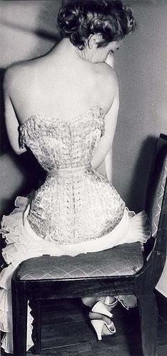 Vintage Corset - Tiny Waist - this must have been incredibly painful.