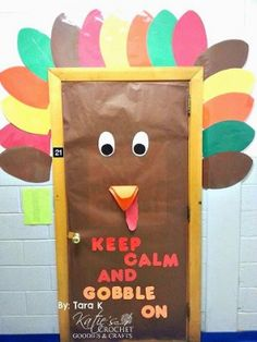 Fall Door Decoration Ideas for dorm door - you could have the people write things they are thankful for on the colors Thanksgiving Classroom Door, Thanksgiving Door Decorations, Fall Classroom Door, Fall Door Decorations, Thanksgiving Preschool, Classroom Bulletin Boards, Classroom Crafts, School Decorations, Preschool Crafts