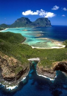 Lord Howe Island, Australia The small island east of Australia, restricts tourist to 400 at any one time! It's a scuba diving and snorkeling paradise with currents sweeping in from the Great Barrier Reef. Places To Travel, Places To See, Travel Destinations, Dream Vacations, Vacation Spots, Vacation Places, Wonderful Places, Beautiful Places, Amazing Things
