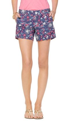 Lilly Pulitzer Callahan Short in Sparks Fly Glow