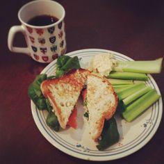 Hummus, spinach, and tomato sandwich. Gluten free, vegetarian, and vegan.  Under 300 calories!