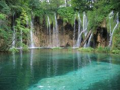 Our planet is a wonderful place and there are countless gems like the Plitvice Lakes National Park in Croatia