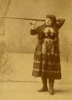Lillian Smith, Annie Oakley's rival in Buffalo Bill's Wild West Show