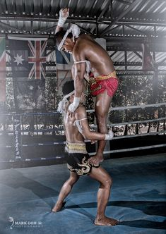 Muay Thai Boxing, And a whole lot more Thailand Info @ http://islandinfokohsamui.com #Thailand #Samui #tours @islandinfosamui
