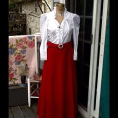 """VTG MOD VELVET MAXI SKIRT..GORGEOUS! HOW VICTORIAN LOOKING IS THIS!!!Beautiful Vtg mod lipstick red soft velvet maxi skirt..features a matching wide belt with faux pearl buckle, has side zipper with snap closure, believe it's a cotton, very soft and in excellent condition...measurements: LENGTH:41"""" WAIST:16"""" closed, HIPS: 21"""" this skirt goes to the floor it's a true maxi, would best fit an XS-M it's in excellent condition..accessories not included listing is only the skirt!! Vintage Skirts…"""