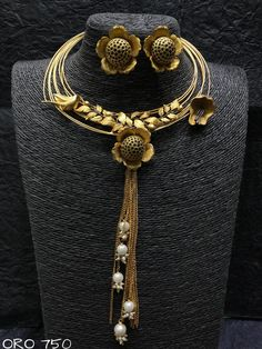 Designer necklace available at Ankh Jewels for booking msg + 91 9619291911....
