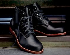 The Best Men's Shoes And Footwear : Wolverine 1000 Mile Boot -Read More – High Ankle Boots, Leather Ankle Boots, Shoe Boots, Men Boots, High Heels, Shoes Brown, Black Boots, Rock N Roll Outfit, Wolverine 1000 Mile Boots
