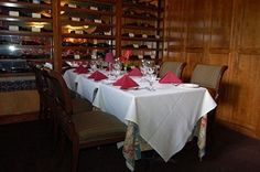 Chatham's Place has an extensive wine list as well. Most of the wines served are from family-owned wineries. The list includes champagne and sparkling, white wine, red wine, merlot, cabernet sauvignon, Bordeaux blends and pinot noir.