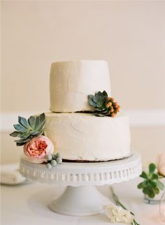 ivory cake with david austin roses   succulents