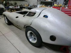 Cars Discover Once-lost Super Cheetah prototype discovered in garage af Us Cars, Sport Cars, Race Cars, My Dream Car, Dream Cars, Highest Price Car, Replica Cars, Vintage Race Car, Cowgirl Outfits
