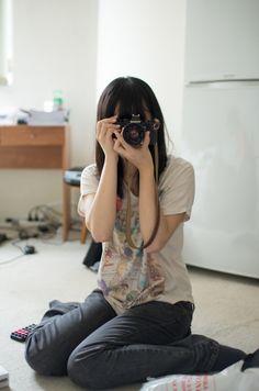"pedalfar:    500px / Photo ""Camera girl"" by Declan Siu"