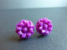 Purple Daisy Flower Earrings Polymer Clay by KristalsKreations20, $6.00