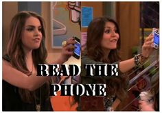 Victorious - Tori and Jade 'Read the Phone' Tori Vega, Victorious Tori, Jade And Beck, Beck Oliver, Avan Jogia, Victoria Justice, Best Couple, Book Characters, Movies Showing