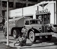 Sunoco Station Ad