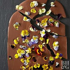 Spring desserts don't get any easier (or prettier!) than this five-ingredient viola candy bark. Just melt down chocolate, candy coating, and shortening, then stir in lavender oil. Spread onto a baking sheet and sprinkle with viola petals.