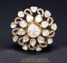 Indian Bridal Jewelry Polki Uncut Diamond Ideas For 2019 Italian Gold Jewelry, Rose Gold Jewelry, Diamond Jewelry, Enamel Jewelry, Bridal Earrings, Wedding Jewelry, Uncut Diamond Ring, Vintage Wedding Gifts, Gold Bangles