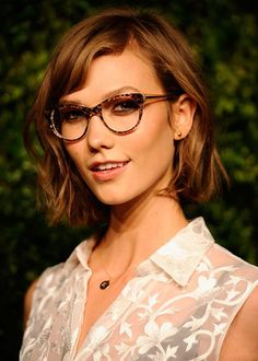 CARLIE KLOSS - The best celebrity bobs of 2014 - Elle Canada