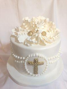 pies-to-baptism-as-baptizes locate-Gâteau-golden-fondant figurines Bautizo Cakes, Comunion Cakes, Christening Cake Girls, First Holy Communion Cake, First Communion Decorations, Religious Cakes, Confirmation Cakes, My Birthday Cake, Baptism Party