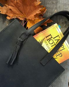 Leather handmade bag. 33×29×8. 80$