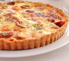 Mustard Tuna Tomato Tart with Thermomix - Easy Recipe - - - Tarte thon tomate moutarde au thermomix – Recette facile Mustard tuna tomato tart with thermomix Thermomix Bread, Thermomix Desserts, Quiches, Crockpot Recipes For Two, Pizza Cake, Tomato Pie, Breakfast Quiche, Light Recipes, Pizza Recipes