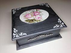 Resultado de imagem para Hand Painted Vintage Box Cottage Chic Pink Roses Hydrangeas Shabby Lace HP
