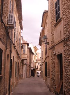 Jardi d'Arta Hotel, Artá. #Mallorca Picture from Artá downtown see the hotel here: http://www.hotel-arta.com/